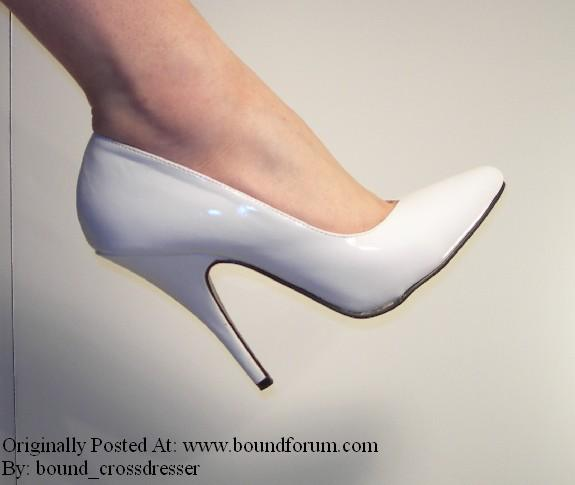 bound_crossdresser Shoes Picture 4.jpg