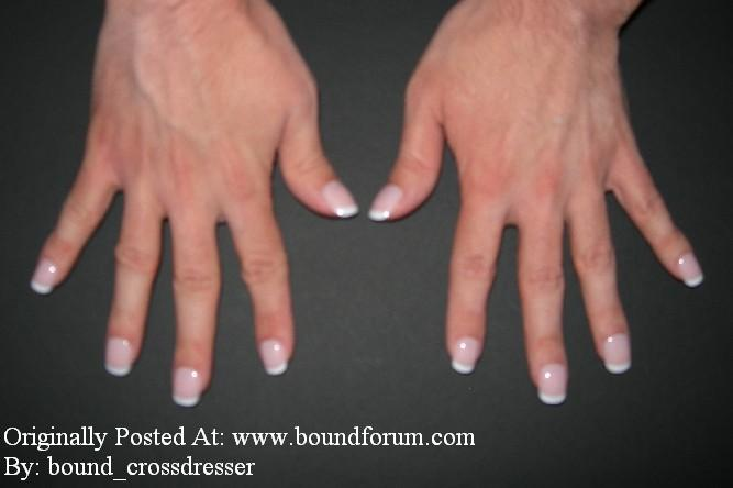 bound_crossdresser Manicure Picture 1.jpg